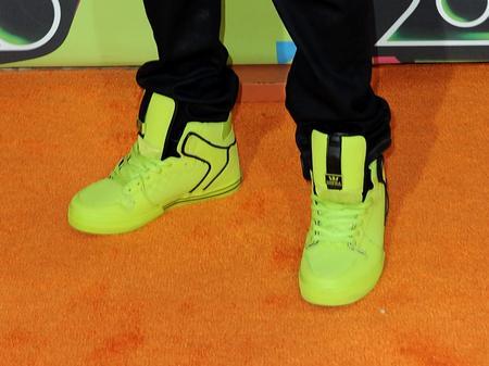 Bieber's green boots