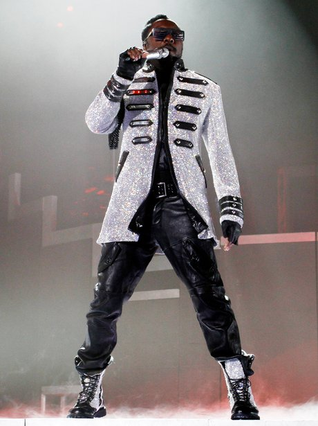 Will.i.am live on stage