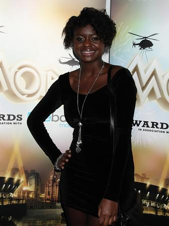 Gamu Nhengu arriving for the 2010 Mobo Awards