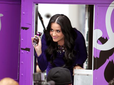 katy perry launches perfume