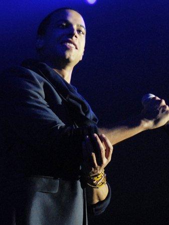 jls performing live