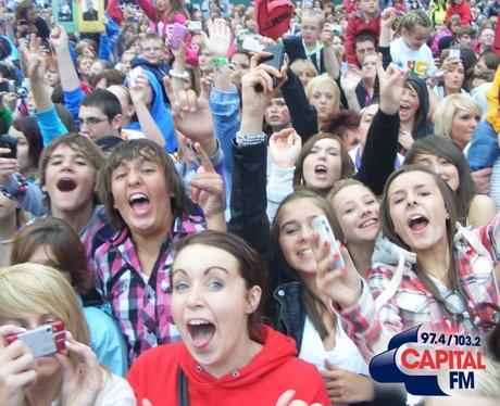 Fans at JLS in Ponty