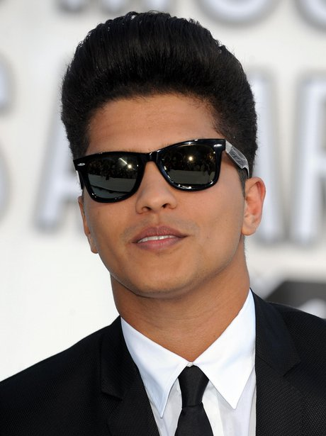 Bruno Mars wearing sunglasses