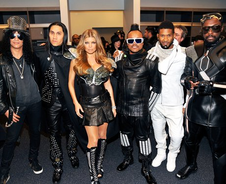 Black Eyed Peas, Slash and Usher backstage at The