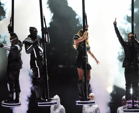 black eyed peas live at The Super Bowl XLV