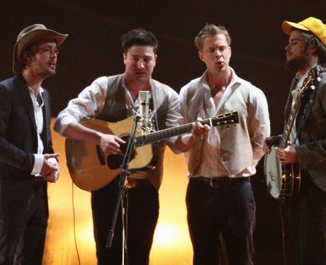 Mumford & Sons play the BRIT Awards