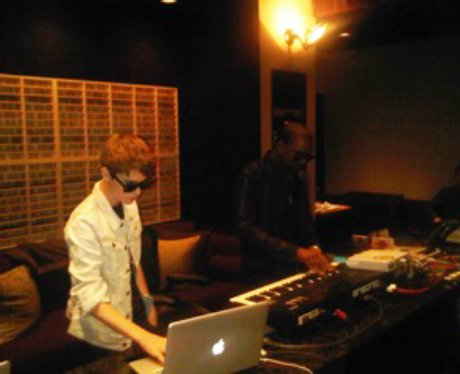 Justin Bieber and Kanye West in the studio