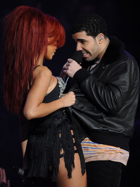 Rihanna and Drake at The NBA All-Star Game performing 'What's My Name?'