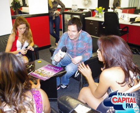 Leigh Jones catches up with the girls backstage at
