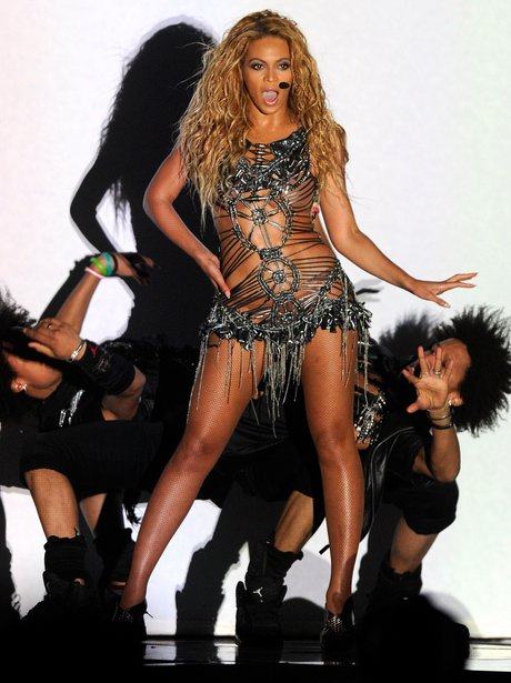 Beyonce performing on stage during the 2011 Billboard Music Awards