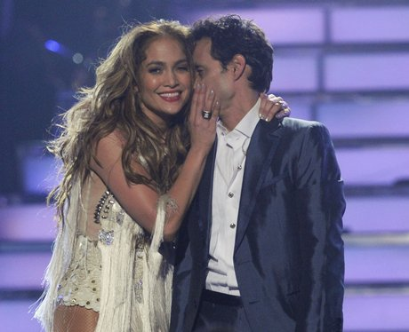 Jennifer Lopez and Marc Anthony on stage at American Idol final shortly before divorce announcement