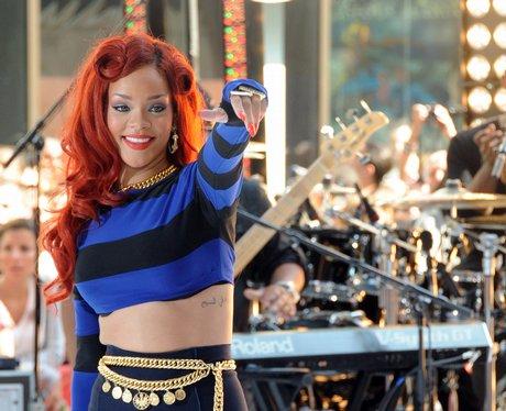 Rihanna live on NBC