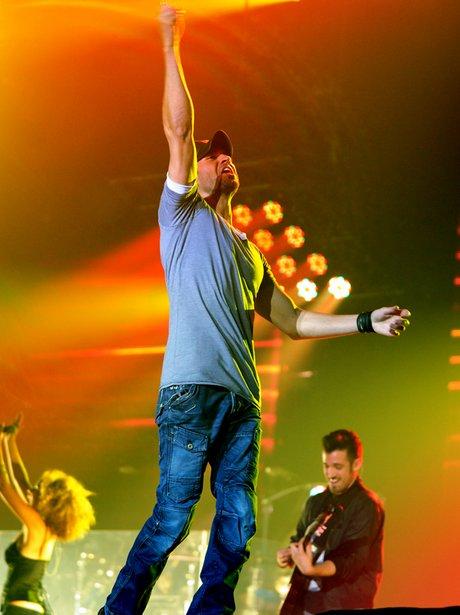 Enrique Iglesias live on tour