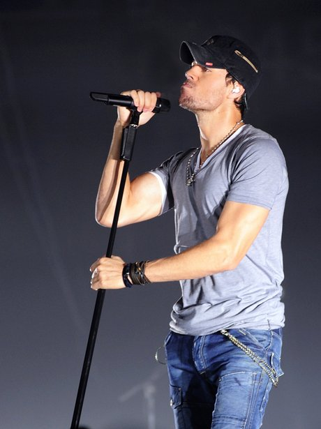 Enrique Iglesias live on tour