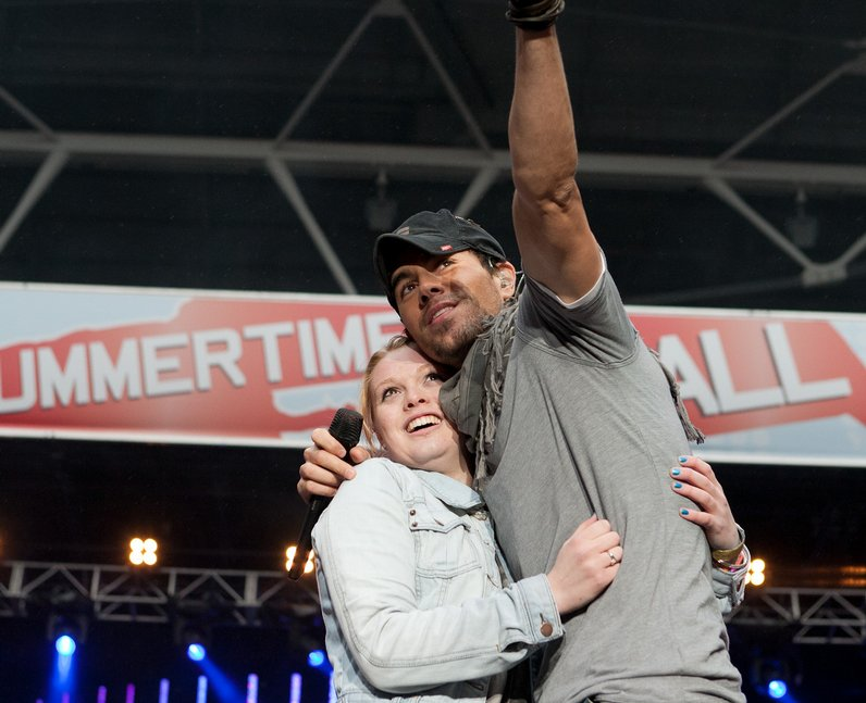 enrique Summertime Ball 2011