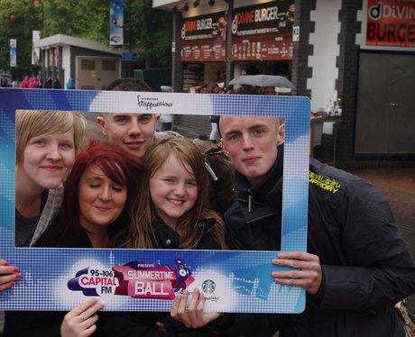 STB Street Stars Team 1 Outside Wembley
