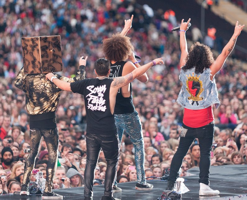 lmfao live at the Summertime Ball 2011