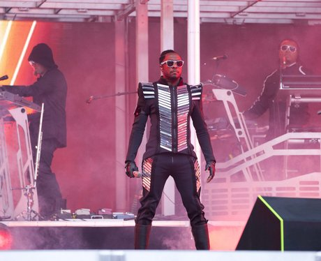 Black Eyed Peas perform live