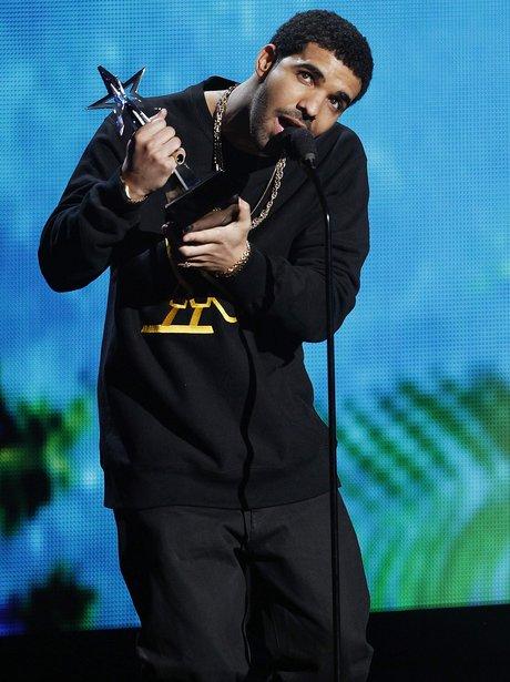 THE BET AWARDS 2011 drake