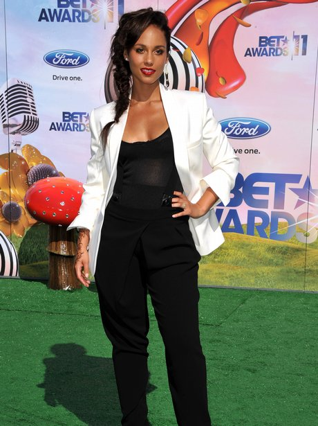 THE BET AWARDS 2011 alicia keys