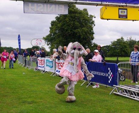 Race For Life - Kedlestone Park