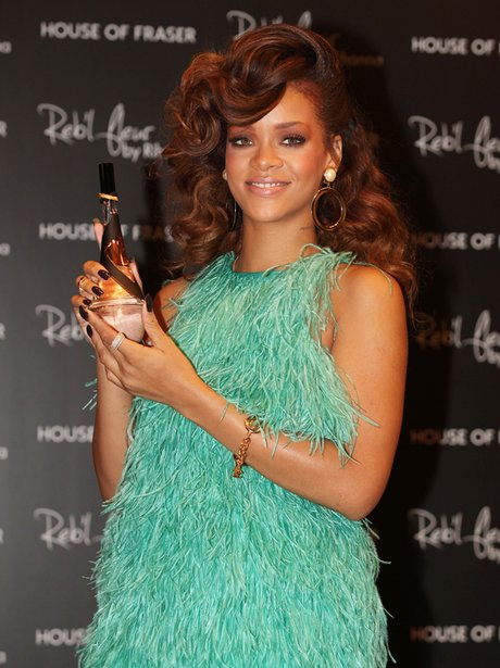 Rihanna's New Perfume