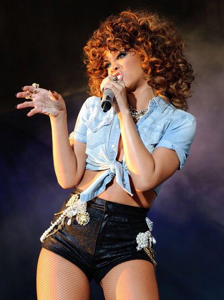 V Festival 2011 rihanna