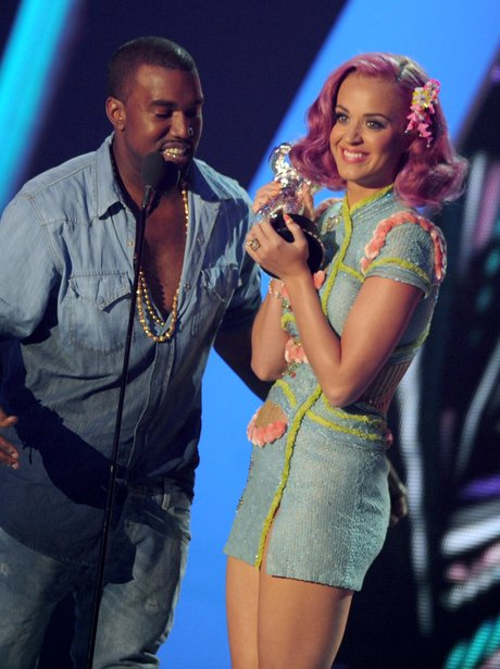Katy Perry and Kanye West win 2011 MTV VMA