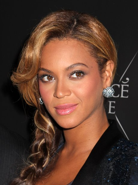 Beyonce launches 'Pulse' perfume