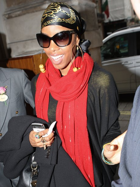 Kelly Rowland Returns