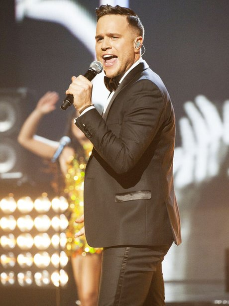 Olly Murs peforming live