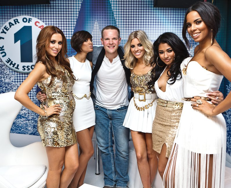 The Saturdays with Roberto backstage at the 2011 Jingle Bell Ball
