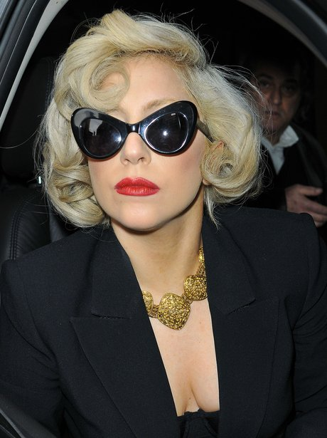 lady gaga with sunglasses
