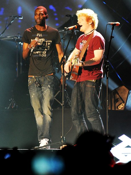 Ed Sheeran and Qretch 32 perform together