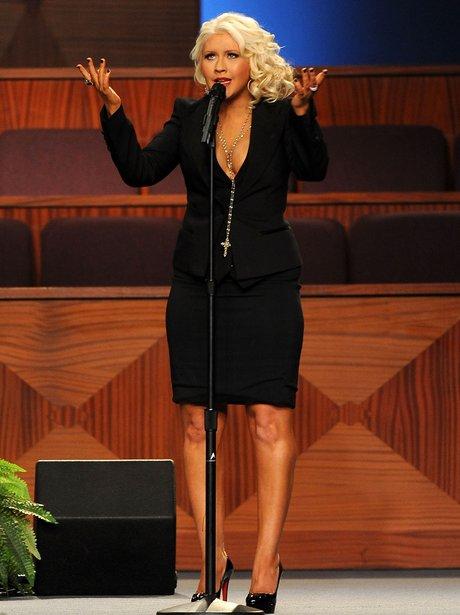 Christina Aguilera sings at Etta James' funeral