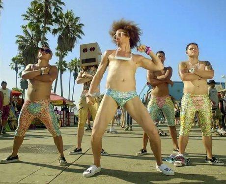 LMFAO- Sexty And I Know It