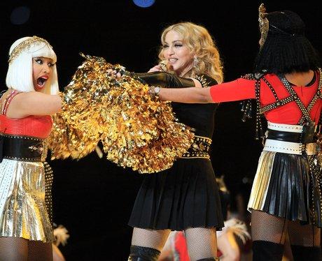 Nicki Minaj, Madonna performs at Super Bowl 2012