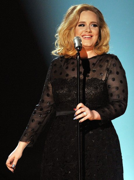 adele-performs-at-the-2012-grammy-awards