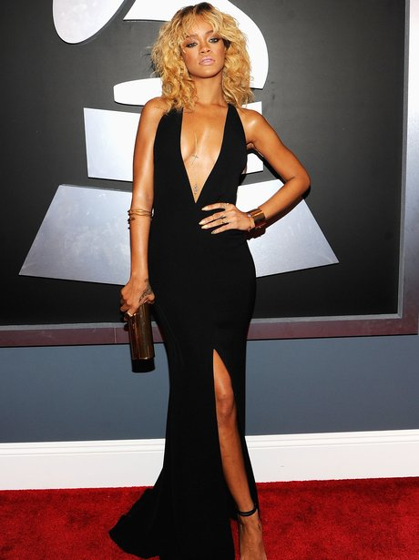 Rihanna arrives at the Grammy Awards 2012