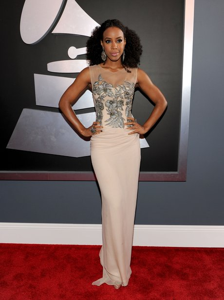 Kelly Rowland attends the Grammy Awards 2012