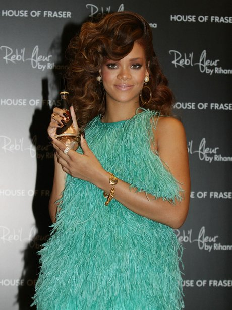Rihanna perfume