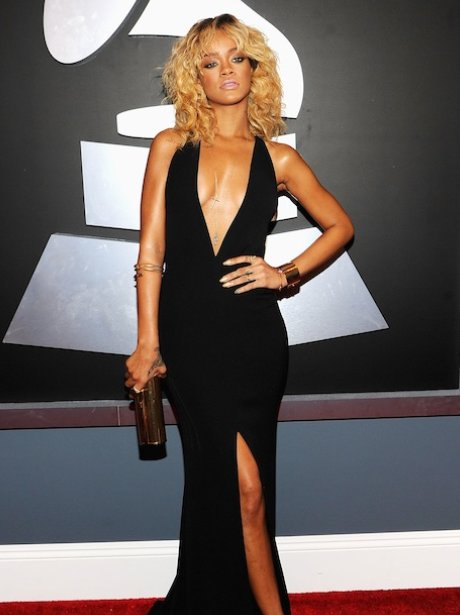 Rihanna Grammy Awards 2012 red carpet