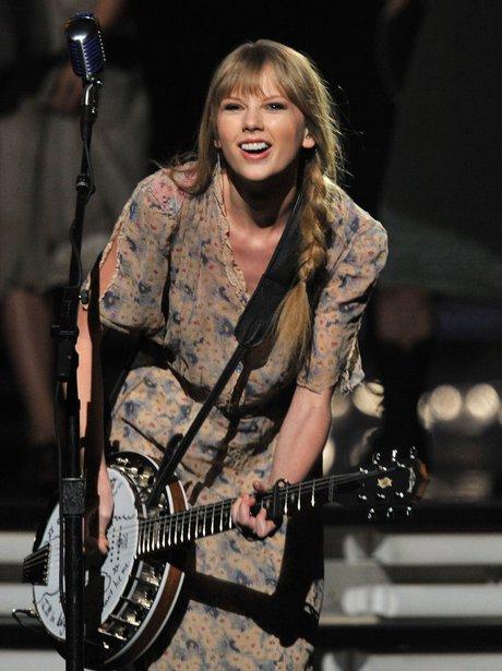 Taylor Swift Grammy Awards 2012 performance