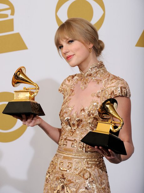 taylor-swift-the-grammy-awards-2012-winners--1329109338-view-1.jpg