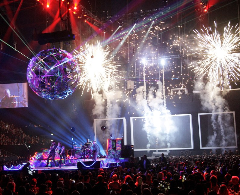 Coldplay live at the BRIT Awards 2012