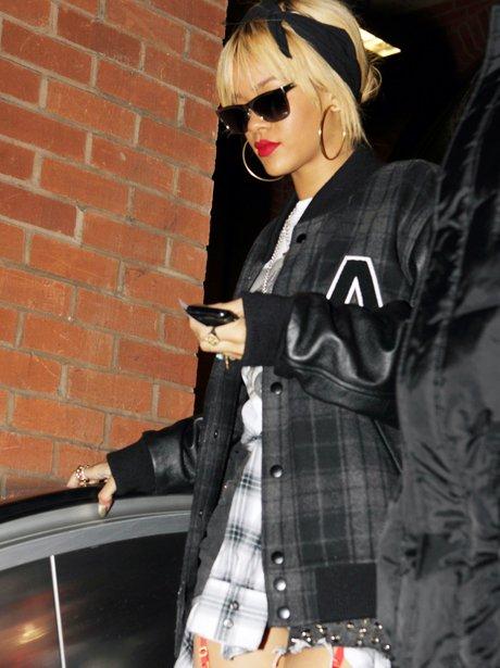 Rihanna on the tube