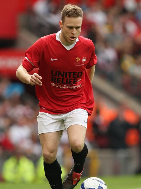 Olly murs plays Football