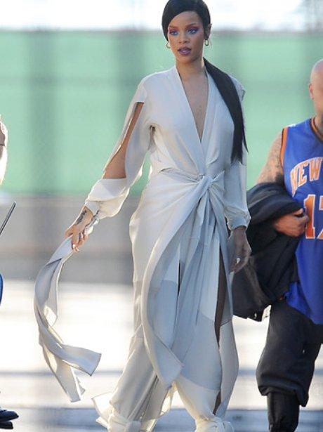 Rihanna And Chris Martin filming muisc video