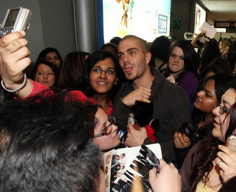 The Wanted Mobbed in Canada