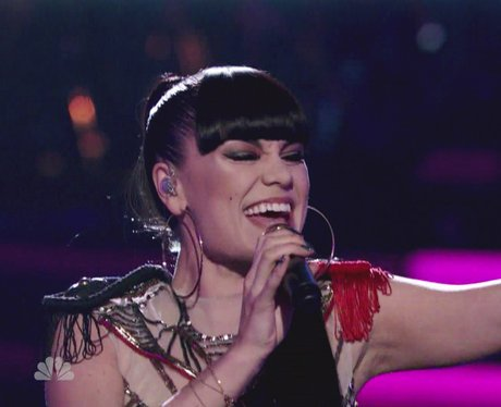 Jessie J sings live on the Voice USA